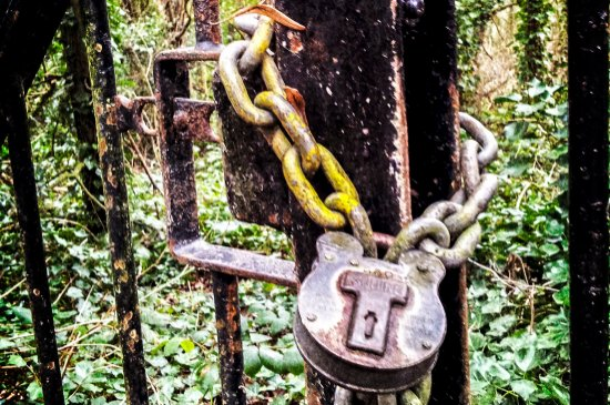 Chains on home