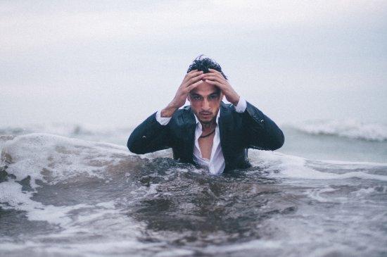Drowning in bad feelings