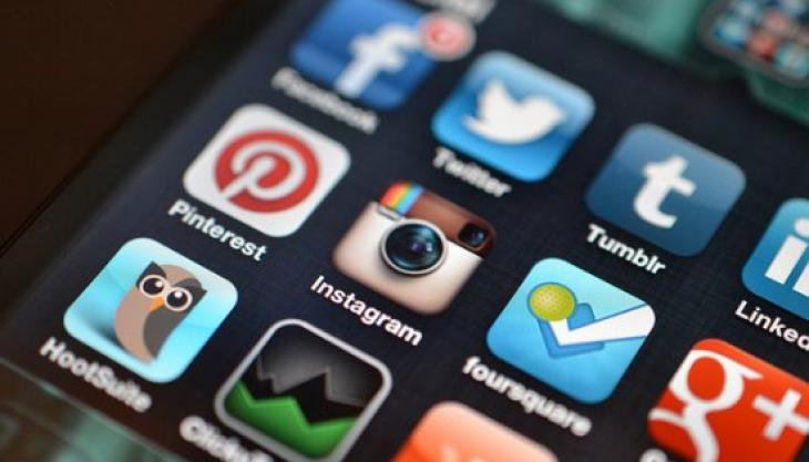 Can Your Facebook or Twitter Activity Tank Your Credit Score?