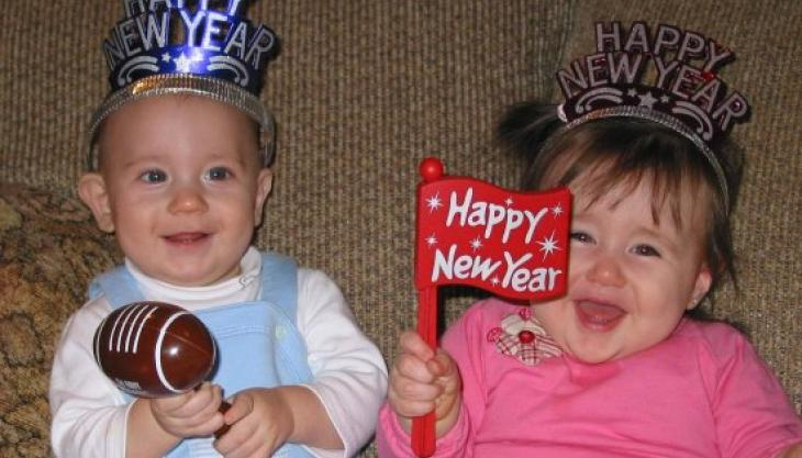 7 Ways to Save Money on Your 2016 New Year's Eve Celebration